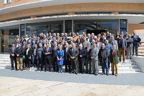 El presidente de la FOE pide más infraestructuras, más inversión y más industrialización en el 40 aniversario de la organización