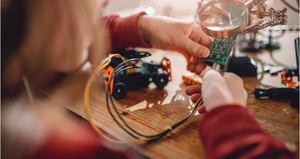 Fundación United Way, everis y Fundación everis luchan contra el abandono escolar en la tercera edición del proyecto Tech4Change