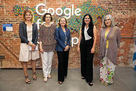 Google, Fundación Mujeres y Cibervoluntarios clausuran el proyecto Digitalizadas con la celebración del I Encuentro Nacional de Mujeres Digitalizadoras