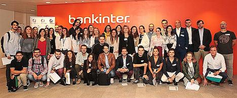 'Grandes empresas asesoran a los finalistas del Premio Jóvenes máshumano'