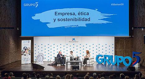 Grupo 5 reúne a Ramón Jáuregui, Cristina Díaz de la Cruz, Elisa de la Nuez y Jose María Gay de Liebana para repensar las políticas sociales