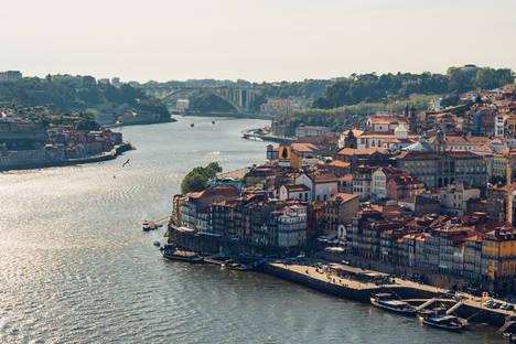 Vive tu mejor puente de diciembre en Bluesock Hostels Oporto