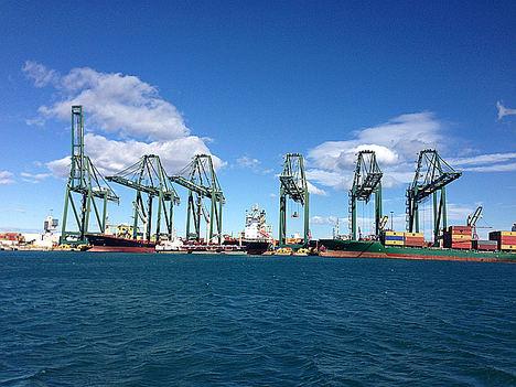 El Grupo Moldtrans inicia un nuevo servicio de transporte marítimo consolidado con Oriente Medio