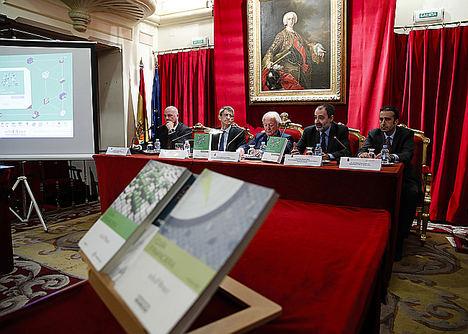 El Proyecto Edufinet de Unicaja presenta en Madrid la sexta edición de su 'Guía Financiera', orientada a ofrecer una visión clara del mundo de la economía y las finanzas