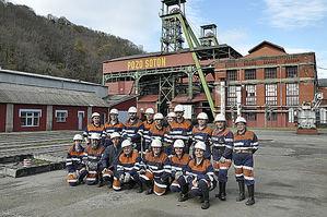 Los alumnos del primer curso de experto universitario en Patrimonio Industrial que se imparte en Asturias visitan el Pozo Sotón
