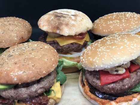 Estos son los cinco mejores quesos para acompañar tu hamburguesa