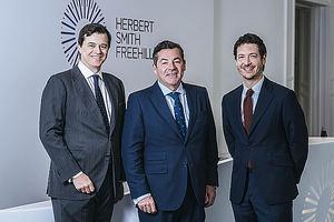 Herbert Smith Freehills integra al Despacho Arias, especializado en litigación y arbitraje