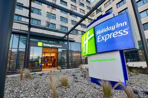 Confort y comodidad en el nuevo Holiday Inn Express Paris - Charles de Gaulle Airport