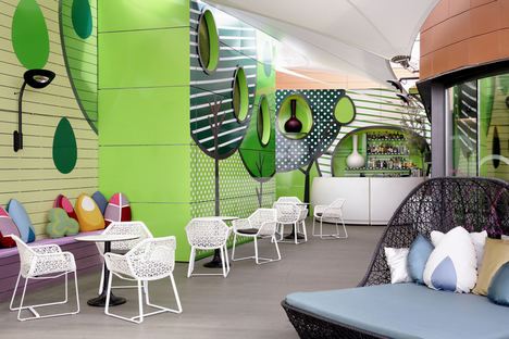 Este verano regresa el Acqua Brunch del hotel Indigo Madrid Gran vía, el plan más refrescante de la capital