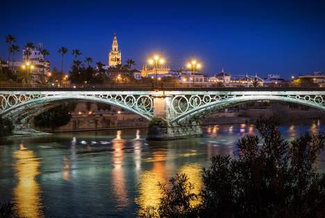 Historia, cultura y gastronomía encabezan las propuestas otoñales de Sevilla