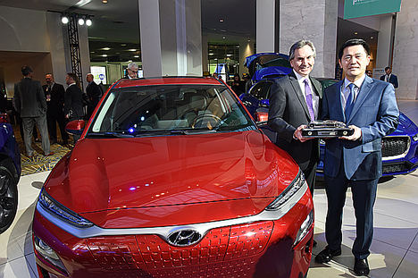 """Hyundai Kona y el Kona Eléctrico, """"El Vehículo utilitario norteamericano del año 2019"""""""