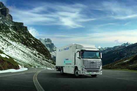 Hyundai hace entrega de los camiones Xcient Fuel Cell en Europa