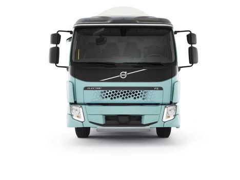 ICA Suecia inicia su camino hacia la electrificación con Volvo Trucks