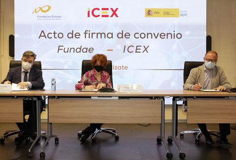 Antonio de Luis Acevedo, Director Gerente de Fundae, María Peña, Consejera Delegada de ICEX y Gerardo Gutierrez Ardoy, Director de SEPE.