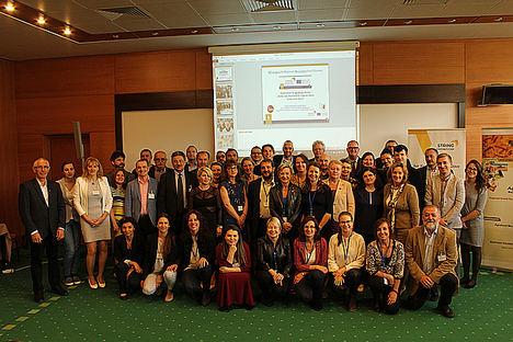El ICE y Vitartis diseñan un plan de acción de innovación agroalimentaria centrado en la bioeconomía a raíz de las experiencias de otras regiones de la UE