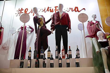 Ribera del Duero acompaña a jóvenes creadores en la Mercedes-Benz Fashion Week Madrid