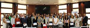 Foto de familia de las empresas madrileñas asistentes a la entrega del incentivo 'Bonus' en la sede de Ibermutua.