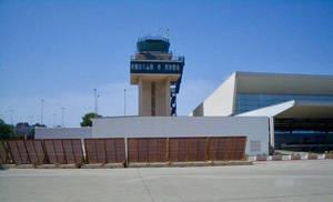Torre del Aeropuerto de Almería.