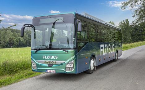 Movilidad sostenible e inteligente: FlixBus lanza los primeros autobuses internacionales de biogás