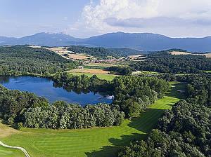 Izki Golf, un paraíso para el golfista
