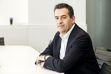 José María Gil-Robles, DLA Piper.