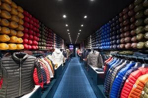 La marca de moda francesa JOTT inaugura su tienda en San Sebastián