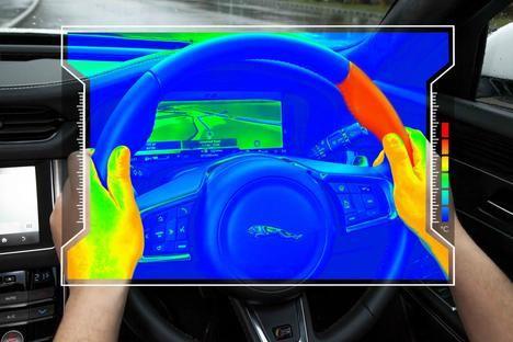 "El ""volante sensorial"" de Jaguar Land Rover"