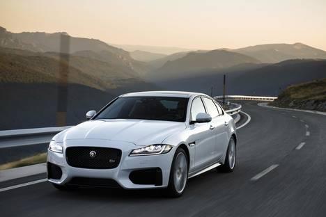 Nuevo motor de gasolina de 300 CV para los Jaguar XE, XF y F-Pace