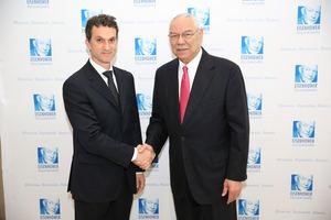 Javier Arroyo y Colin Powell.