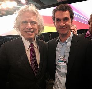 Javier Arroyo y Steven Pinker.