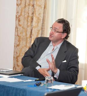 Javier Gómez de Olea.