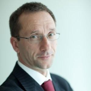 Pictet WM mejora su previsión de contracción del PIB mundial en 2020