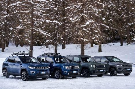 Conducir sin preocupaciones en invierno con los Jeep 4XE