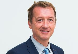 Johan Gallopyn, Bank Degroof Petercam.