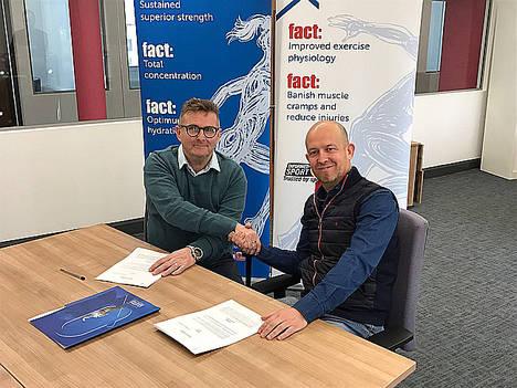 Laboratorios Quinton firma un contrato millonario para la distribución internacional de Totum Sport
