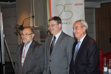 Fedacova y Ainia congregan a más de 300 empresarios para reflexionar sobre el futuro del sector agroalimentario en la Comunidad Valenciana