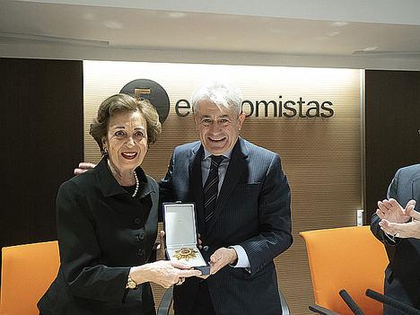 Josefa Fernández Arufe y Valentín Pich.
