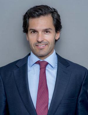 Juan Pedro Beneyto-Guillamas, Herbert Smith Freehills.