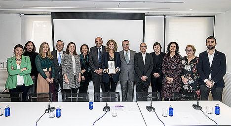 Jurado Premio Biotecnologia con Cristina Garmendia.