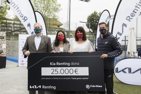 Kia dona 25.000€ para apoyar a Cáritas