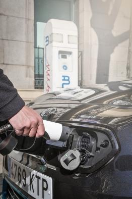 Diez nuevos hábitos de los conductores de coches eléctricos según Kia
