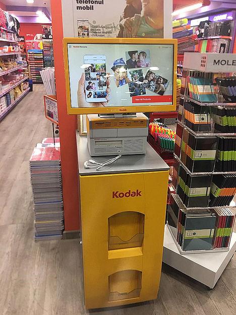 La cadena de papelerías Folder instala un kiosco digital Kodak en 50 de sus establecimientos
