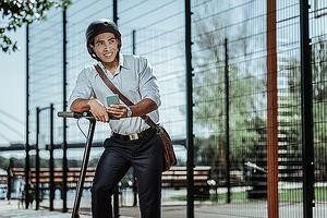 """Klinc by Zurich amplía su oferta para """"millennials"""" con el patinete eléctrico"""