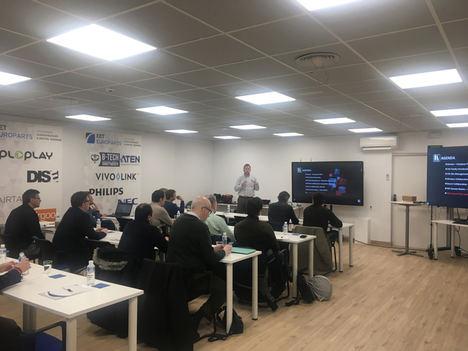 Gran éxito del Roadshow europeo de Kramer en las oficinas de EET Europarts de Madrid