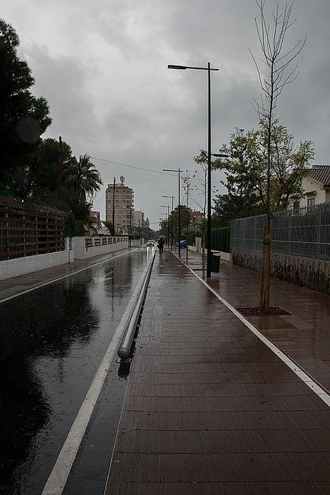Un pavimento cerámico, diseñado por el ITC, podría aliviar las inundaciones provocadas por la gota fría