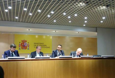 Acuerdo firmado entre OMFE y el ICEX para la formación de sus consejeros comerciales