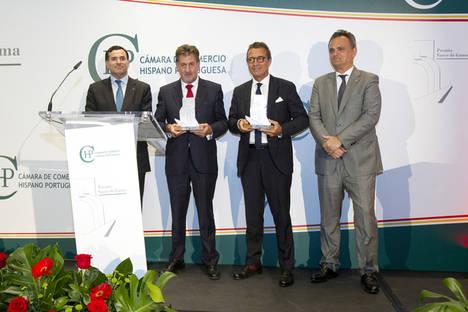 """La Cámara de Comercio Hispano-Portuguesa otorga al presidente de Grupo Hotusa el premio a la excelencia """"Vasco da Gama"""""""
