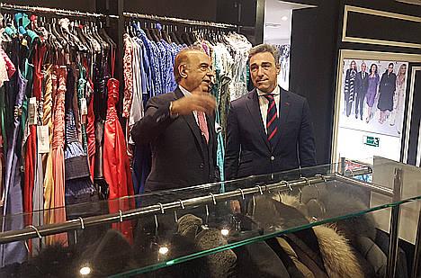 La Comunidad de Madrid destina 3 millones a la financiación del pequeño comercio a través de Avalmadrid