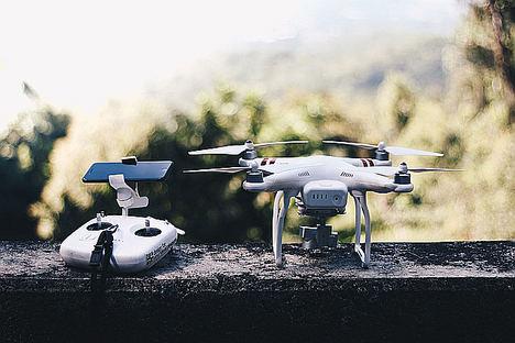 La Federación Andaluza de Deportes Aéreos convoca unas jornadas sobre el manejo de drones