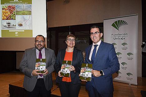 Fundación Unicaja publica el 'Informe Anual del Sector Agrario en Andalucía 2017', que alcanza su vigésima octava edición